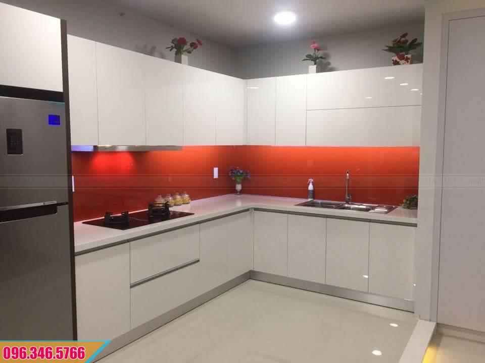 Mẫu tủ bếp Acrylic màu trắng kiểu dáng chữ L đẹp 342020N8W