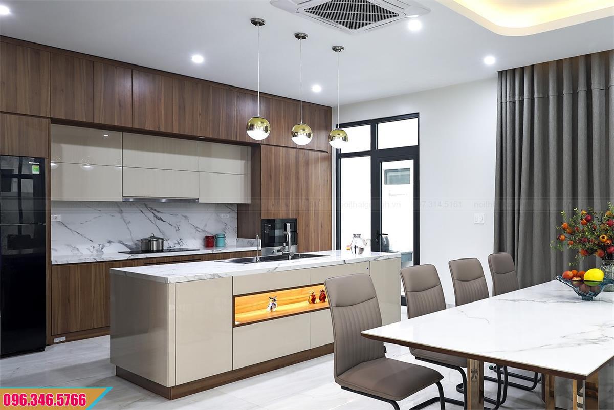 Thiết kế tủ bếp Melamine có bàn đảo và tủ kho hiện đại 2820204DJ