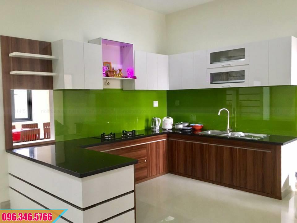 Tủ bếp Melamine chữ U đa năng màu trắng và vân gỗ 0120209VK