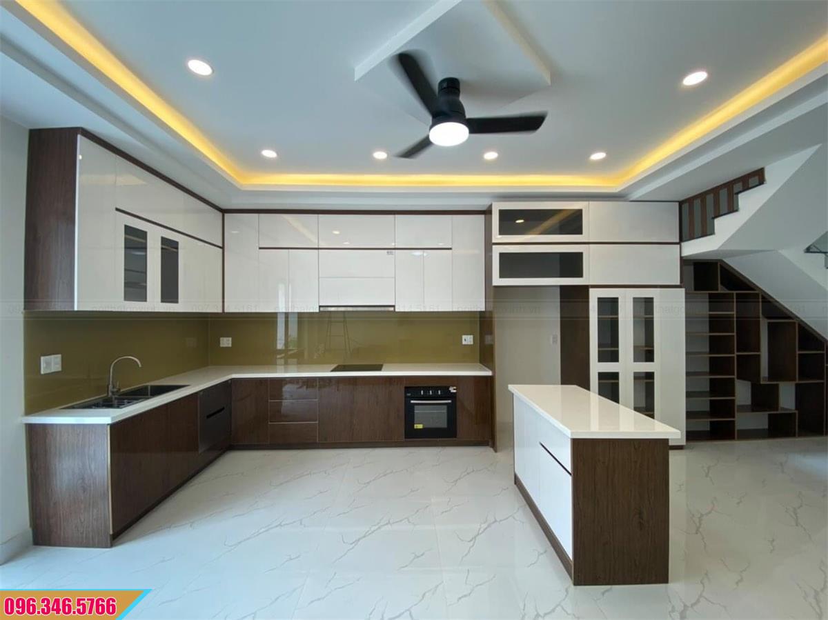 Tủ bếp Melamine cốt MDF chống ẩm có bàn đảo bếp đẹp hiện đại 2620205HF